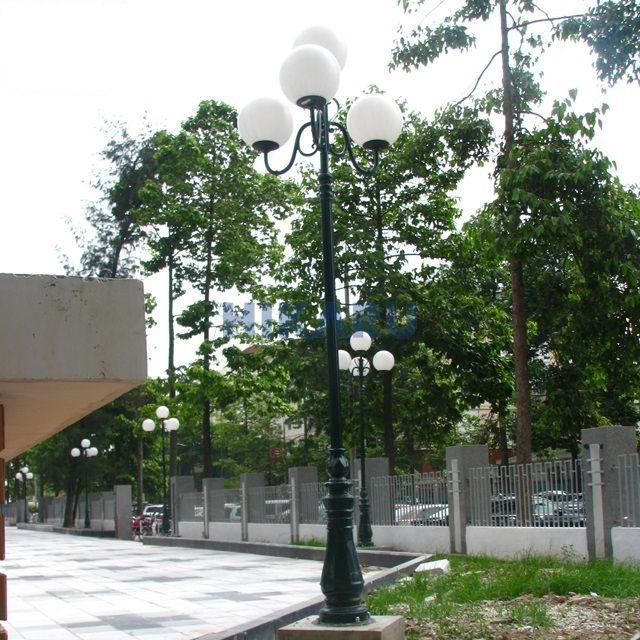 Cột đèn trang trí sân vườn DC06