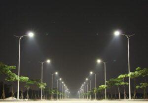 Cột đèn cao áp chiếu sáng