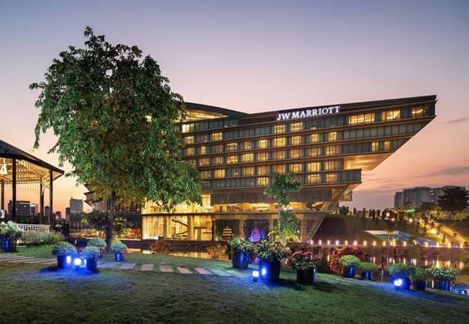 Hệ thống chiếu sáng ngoài trời cho khách sạn