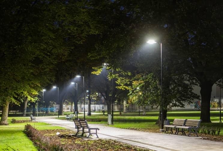 Đèn LED tiết kiệm điên năng