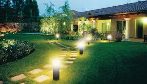 chiếu sáng và trang trí sân vườn