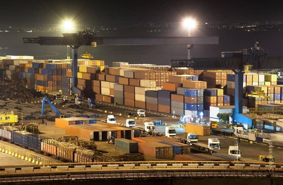 đèn chiếu sáng bến cảng
