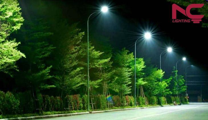 Bạn cần bao nhiêu Watts chiếu sáng đường phố