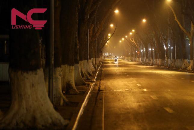 hoạt động của đèn đường trong thời tiết lạnh